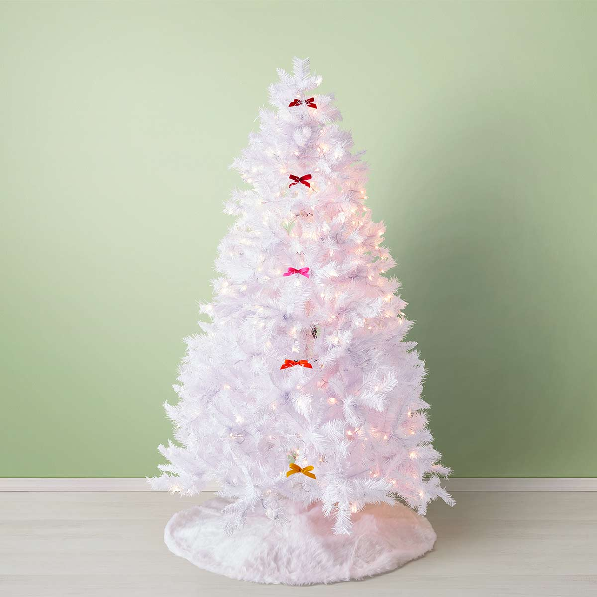 How To Decorate A Christmas Tree Professionally Professional Christmas Tree Ideas